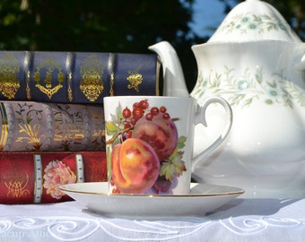 "Royal Albert ""Covent Garden"" Can Shaped Demitasse Set, English Bone China Miniature Tea Cup Set, c. 1970-1980"