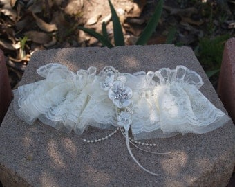 Ivory Lace Garter Handmade embellished crystals Pearls satin flowers,Great Gatsby Style,Old Hollywood,Art Deco Nouveau Accessory,Single Gart