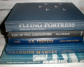 Five Books *Air Warfare*US Fighters*Air Force*B24* Library Display Den Decor