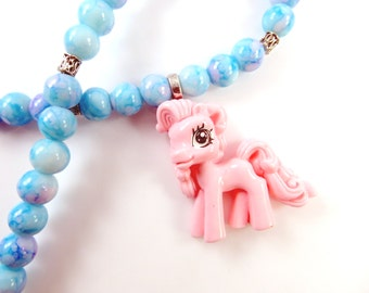 Girls blue and pink pony necklace