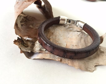 Men's Bracelet, Leather, Men's gift, Men's Jewelry, Thick textured Leather, Dark brown, Silver clasp, Regaliz Greek leather, Fathers Day.