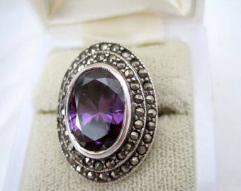 Sterling Amethyst Ring - Marcasite Surrounding - Size 6 Elegance