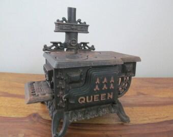 VIntage Miniature Cast Iron Queen Stove