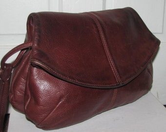 LEATHER SADDLE BAG / 80's Chocolate Brown Oxblood Genuine Leather Handmade Fold Over Purse 70's Double Compartment Satchel Buckle Strap Hobo