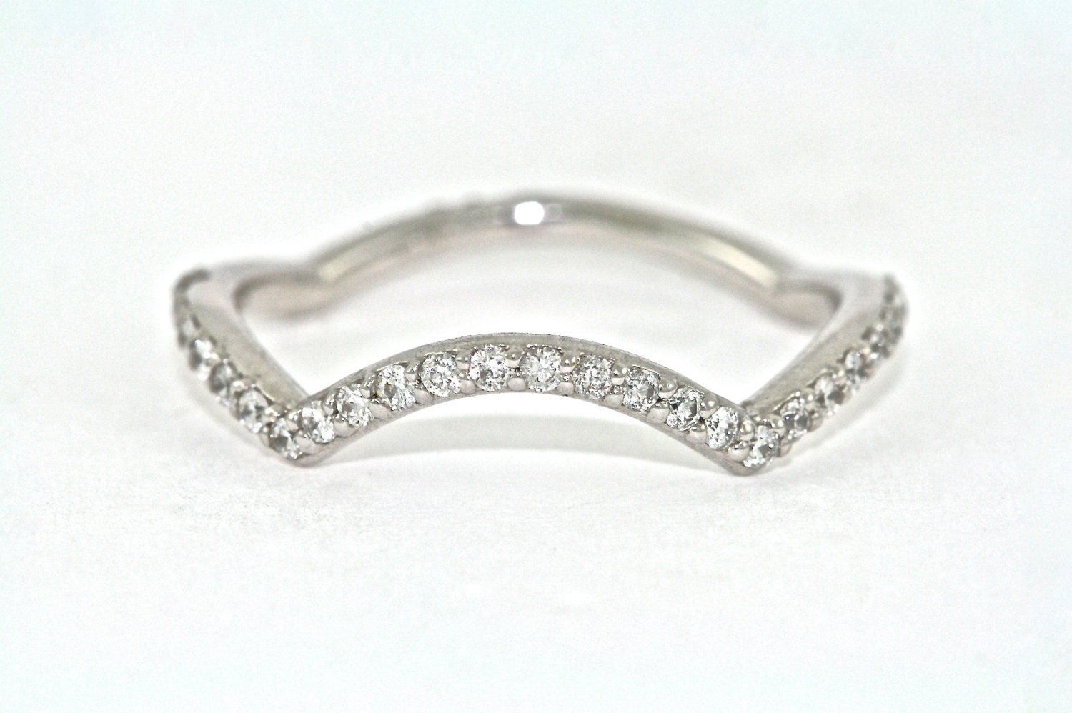 14kt white gold and diamond curved wedding band