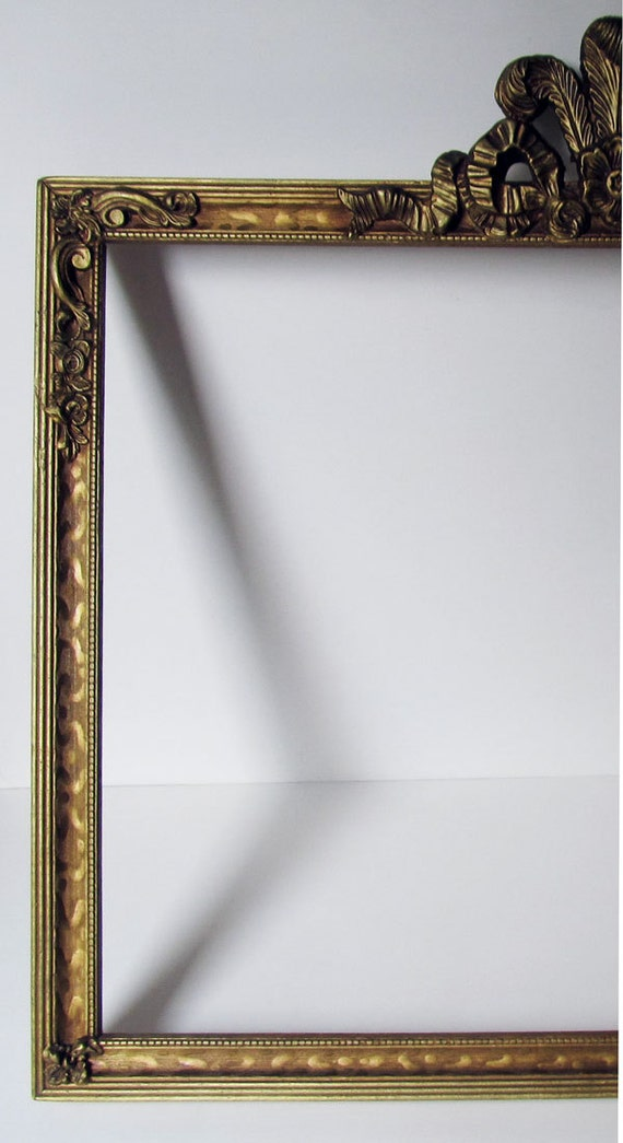 Vintage Picture Frame 1940s Gold Elaborate Bow Top