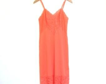 60's Orange Slip Dress Vanity Fair Nylon & Lace Negligee Pastel Goth Pin Up Romantic Nightgown Retro Glam // S-M