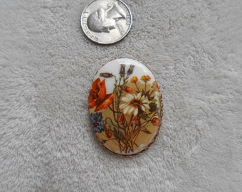 Vintage Flowered Cameo Pin-P4027