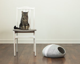 Cat bed/cat cave/cat house/grey/light grey felted cat cave (With GIFT pad)