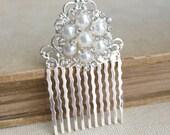 Bridal Pearl Comb,1920s, bridal, Pearl comb,winter wedding, snowflake, winter snowflake comb silver bridal hair accessories wedding FILIGREE