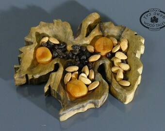 A Nature Inspierd handcarved  Wooden Grape Leaf bowl .