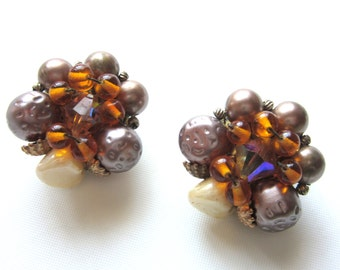 Cluster Bead Earrings Hand Wired Taupe Amber & Ivory Colors 1940s / 1950s