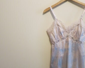 Cloud dress slip vintage lace pale blue white sky print 1950s 34 petite M