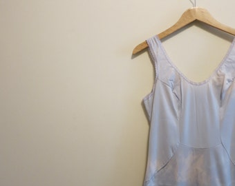 Cloud dress slip vintage simple blue white sky print 1960 Van Raalte 38 L