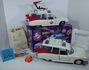 1980's Kenner Ghostbusters Ecto1-2 Vehicles and accessories