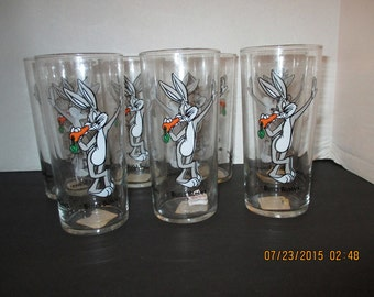 7 Warner Bros. Looney Tunes Bugs Bunny Drinking Glasses 1993