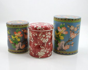 Vintage Daher Tin Collection