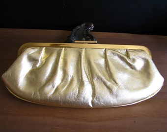 Vintage Leather Metallic Gold Giani Bernini Handbage with Removable Chain