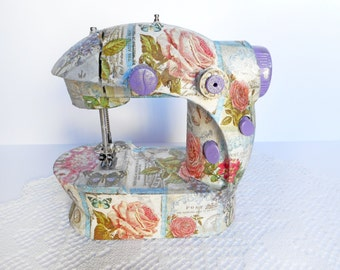 "Decorative sewing machine ""Vintage""  in decoupage technique"