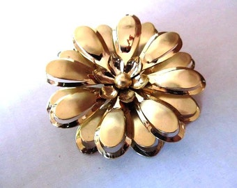 60's Large Gold Tone Brooch Flower Power Hippie