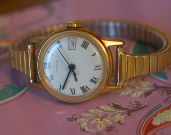 Vintage Timex Ladies Watch with a Stretch Band