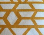 10 (ten) Bottle Essential Oils Case - Gold Triangles Pattern