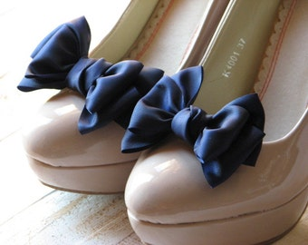 Navy blue shoe clips Something blue Bridesmaids gift Blue Shoe bow Blue shoe clips Navy blue wedding accessory Navy blue bridal Gift for her