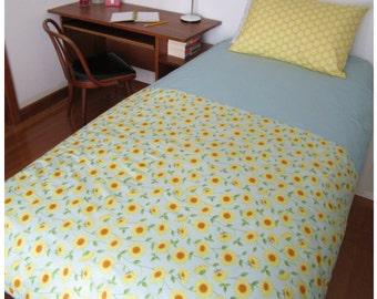 Girls Bedding Single / Duvet Quilt Cover Set in Yellow Sunflowers