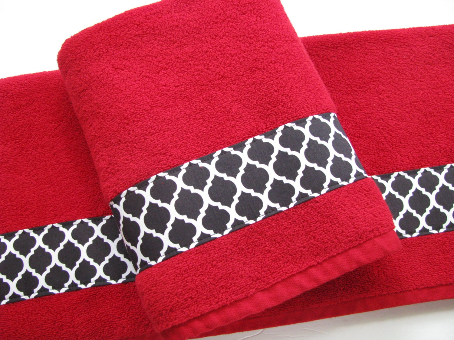 Red black bath towels bathroom towel bath towel hand towel for Red and black bathroom accessories sets