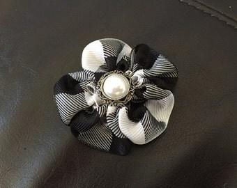 Black and White Plaid Flower Clip