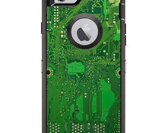 CUSTOM OtterBox Defender Case for Apple iPhone 6 / 6S / 7 / PLUS - Personalized Monogram - Green Circuit Board