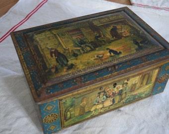 Vintage 1900s French Tin box