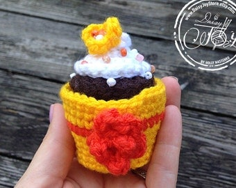 Crochet Cupcake with white frosting