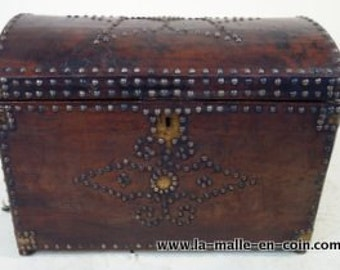 Leather chest with key