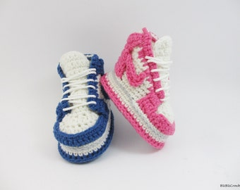 Crochet baby shoes, crochet baby booties , crochet sneakers, baby shoes, Pink baby sneakers,Blue baby shoes, Crochet baby Sneakers,