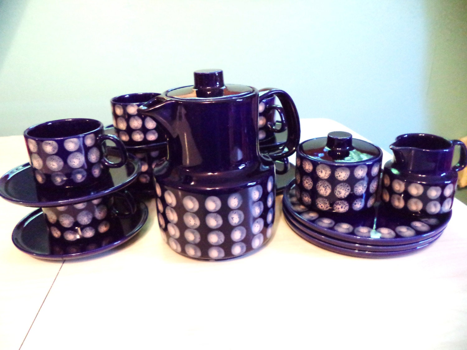 vintage melitta coffee set coffee pot cups and saucers plates. Black Bedroom Furniture Sets. Home Design Ideas