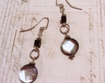 Faceted mother of pearl and black onyx earrings