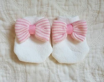 Newborn Mittens with Pink and White Bows to match your Newborn Hospital Hat/Beanie