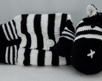 Knitting Pattern Zebra Pyjama Case