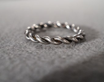 vintage antique silver tone braided band ring, size 8 1/2   M7