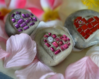 Heart Mosaic Set- Decorative Beach Pebbles - Set of three