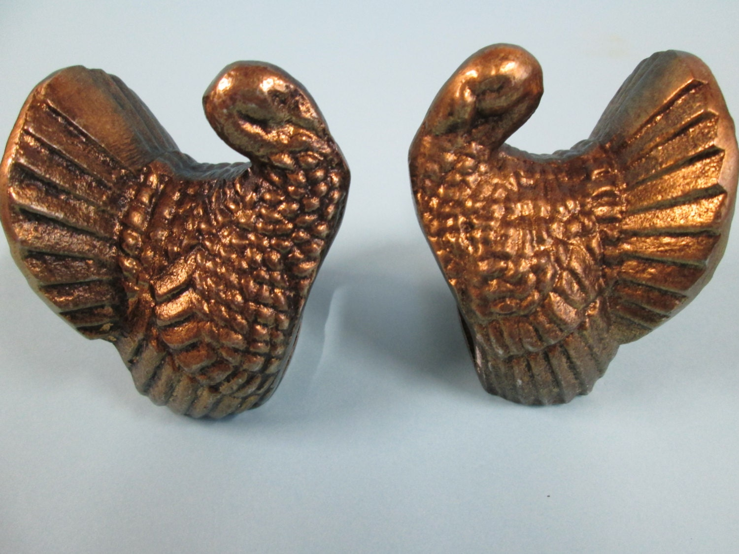 Metal turkey napkin rings set of 2 may be brass for Napkin rings for thanksgiving