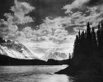 Beautiful Alaskan Mountains Photograph (Art Prints available in multiple sizes)