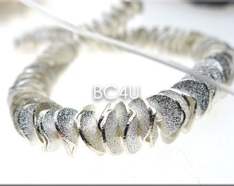 20pcs-- 6mm/ 8mm Wavy Corn Flake Spacer, Potato Chip Beads Brushed Silver Plated Wavy Disks