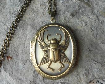 LOCKET--Stunning Egyptian Scarab (Beetle) Bronze Pendant Locket -  Vintage Look - Egypt - Antiqued Look--- Great Quality