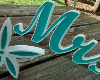 Mr and Mrs, Mr and Mrs Wedding Sign with Starfish, Teal, New Wedding Item, Head Table. Sweetheart Table, Weddings, Freestanding.