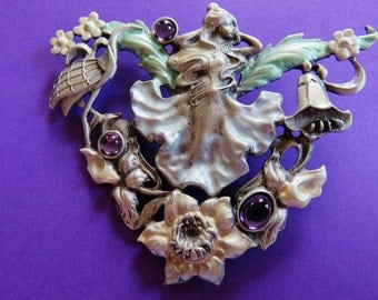 Very Rare Exquisite Art Nouveau Lovely Lady Intricately  Detailed Brooch Pin