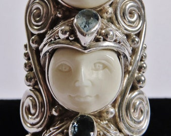 Show Stopping Vintage Sterling Silver Three Faces Ring With Gemstones