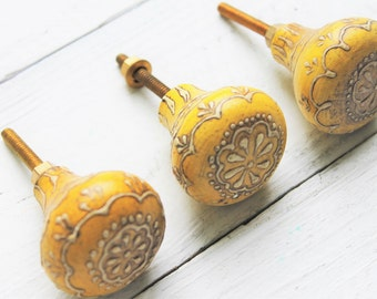 Wood Summer Yellow Flower Knobs- Hand Painted Knobs-Summer Flower Knobs- Mediterranean Style Knobs-Mod Home Decor-August Fall Home Decor