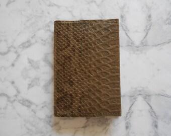 Essential Passport Cover – Leather Passport Cover - Leather Passport Holder - Leather Passport case